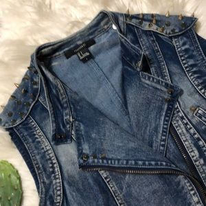 Denim Spiked Vest by Forever 21